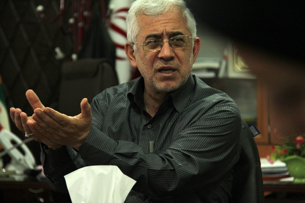 اختصاصی/فرماندار:عملیات اجرایی مرمت غیر اصولی پل خشتی شهر لنگرود متوقف شود