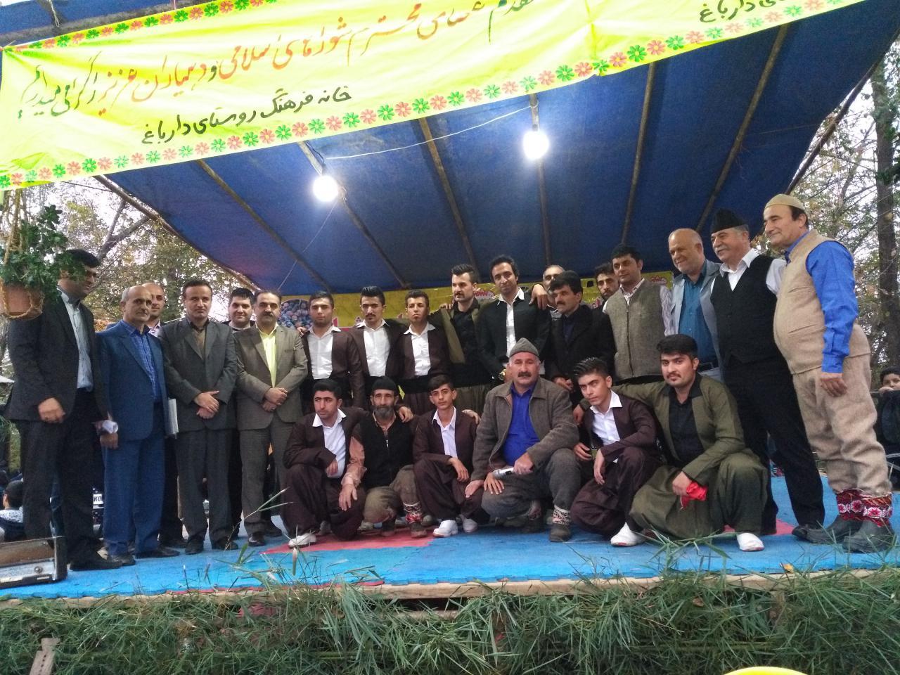 اختصاصی/عدم حضور مسئولین ارشد فومن در هشتمین جشنواره ارباء دوشاو روستای دارباغ