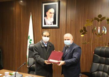 شهردار رشت بودجه پیشنهادی سال ۱۴۰۰ شهرداری تقدیم شورا کرد